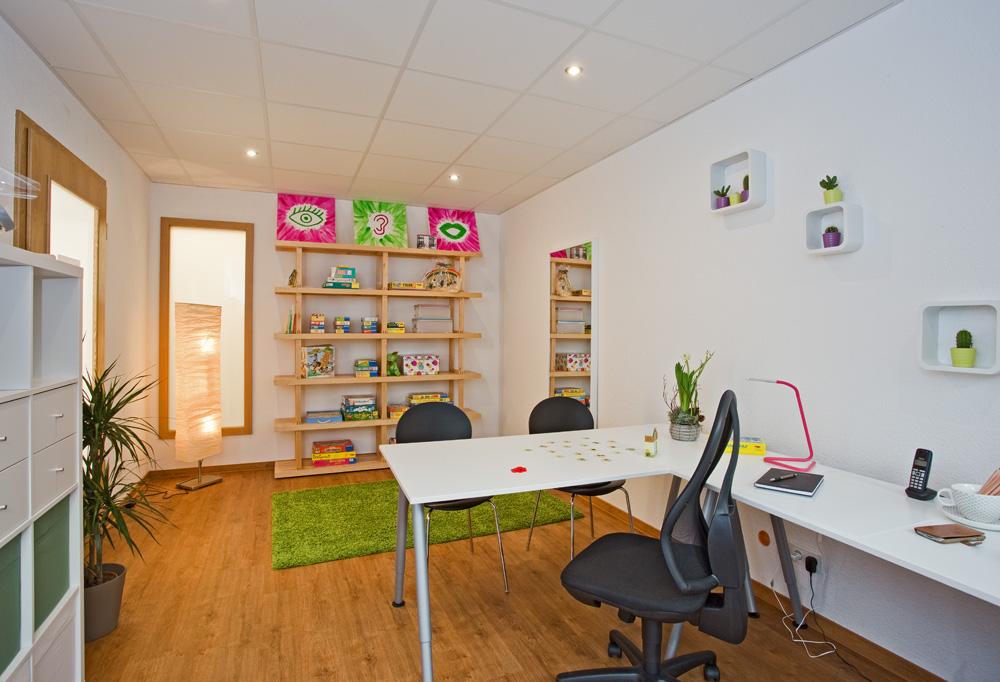 Behandlungszimmer Zentrum für Logopädie Becker & Reith in Ottweiler